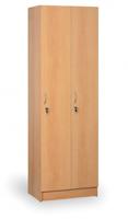 Dřevěné šatní skříňky
