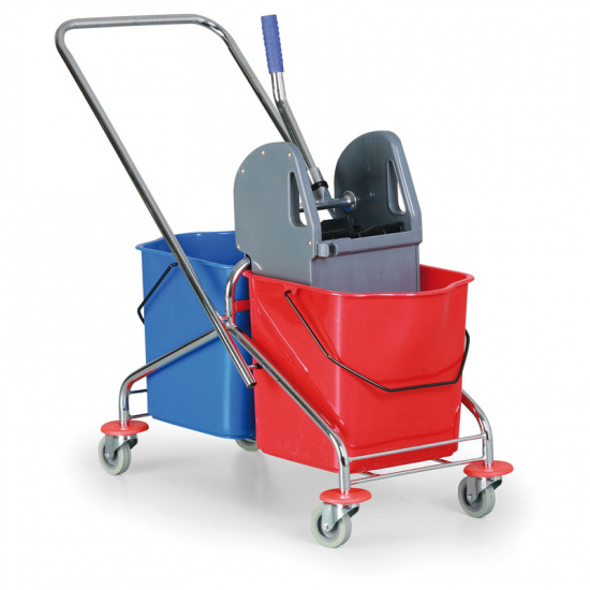 Kovový upratovací vozík