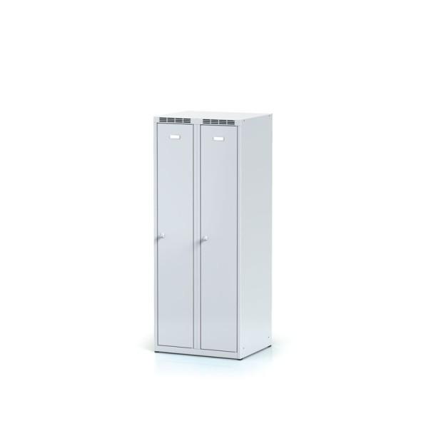 Kovová šatní skříňka, šedé dveře, otočný zámek