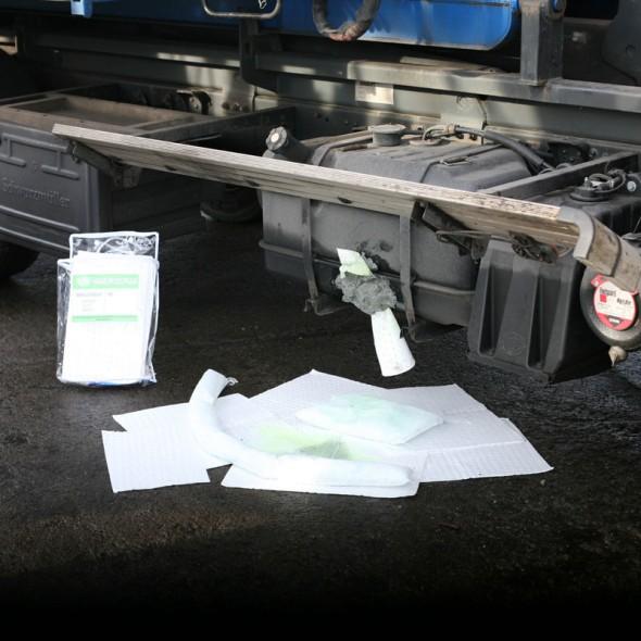 Olejová rohož těžká odolná 50 x 40cm, balení 100 ks