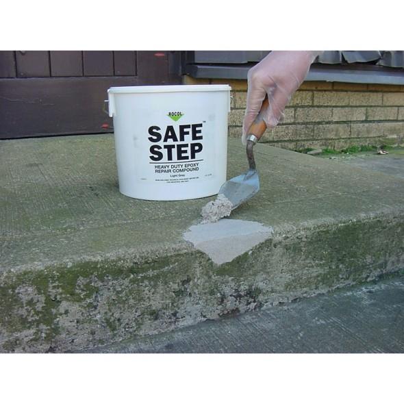 Epoxy betonová opravárenská směs