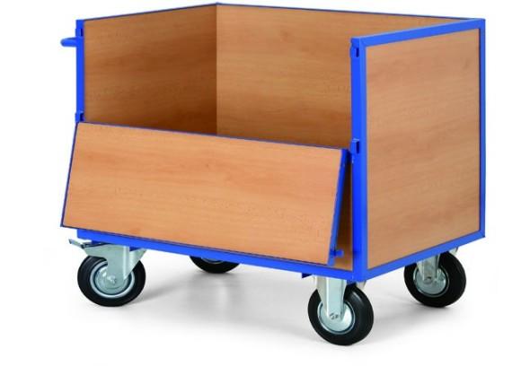 Schrankwagen mit Holzwänden
